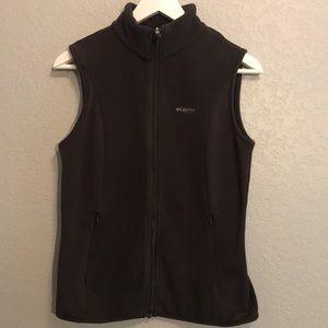 Columbia titanium fleece vest.